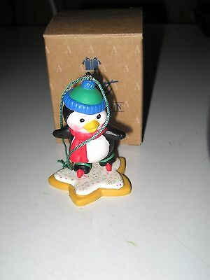 Avon Gift Collection Frosty Treats Penguin Ornament:great: Limited Edition