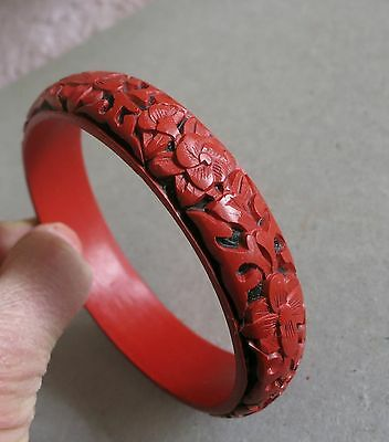 "Vintage Chinese Deep Hand Carved Cinnabar Lacquer Bangle Bracelet 8"" Black Red"