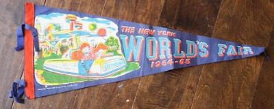 CUTE 1964-65 New York World's Fair Greyhound Bus Lines soft felt pennant-VINTAGE