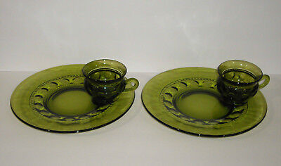 Indiana Glass KIngs Crown Green Thumbprint Snack Plate with Cup 4 pieces, 2 sets