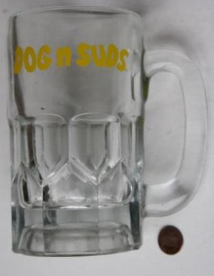 1970s Era Indiana based Dog 'n Suds Drive-In Eatery HEAVY LARGE root beer stein!