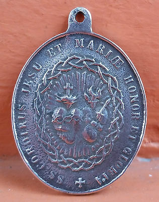 Antique & Beautiful holy Medal Catholic Sacred Heart of sterling silver  1900s