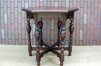 Vtg 1920s Spanish Revival Tudor Turned Leg Hexagonal Wood Lamp Occasional Table