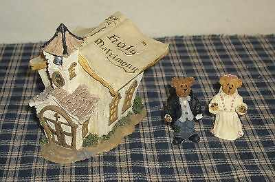 Boyds Bears Resin Route 33 1/3 Roadside Americana The Book of Love Chapel 3pce