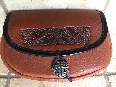 Preowned Celtic Design Leather Pouch Belt Bag / purse