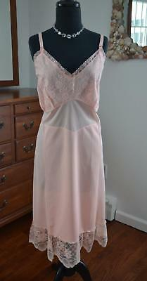 NWOT & GORGEOUS! Vtg 50s Venusform Pink Nylon & Lace SHADOW PANEL Slip! 48 2X 3X