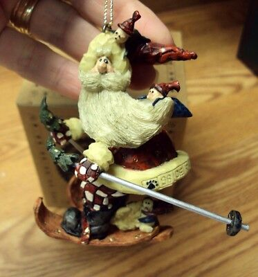 Boyds CARVERS CHOICE Christmas Ornament SANTA ... IN THE NICK OF TIME 370200