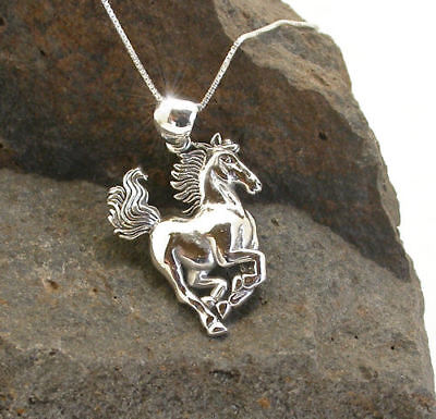 Horse & Western Jewellery 925 Sterling Silver Ladies  Galloping Horse Necklace
