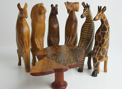 Hand Carved Painted Wood Africa Animals Sitting Table Figuriens
