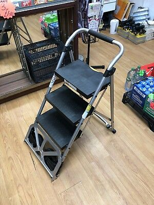 2 In 1 Step Ladder And Truck !! Free Delivery !!