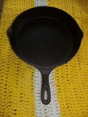 """ WAGNER "" Sidney O Arch Logo # 10 Cast Iron Skillet With-Heat Ring  Vintage"