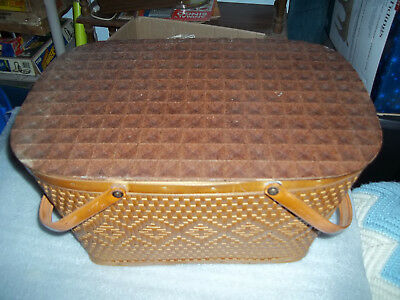 Vintage REDMON 1950s Wicker Woven PICNIC BASKET W/DISHES