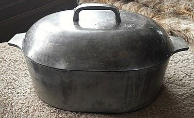 Heavy Antique/Vintage Cast Iron Oval Roaster With Lid Dutch Oven