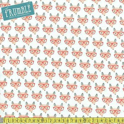 13151-17 1 Half Metre Length Lullaby Foxes and Hedgehogs Fabric 100/% cotton
