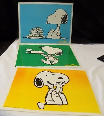 Vintage 3 PEANUTS TABLE PLACEMATS Snoopy McDonalds Gek op Mac Netherlands RARE