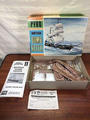 Vintage Collectible 1966 Pyro British Bomb Ketch Plastic Toy Ship Model Kit