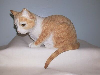 Country Artists 'GINGER TABBY - CURIOUS' #CA01631 Shelf Sitter Cat Figurine