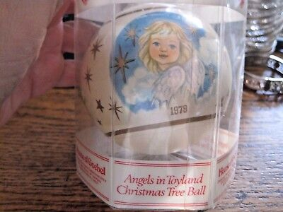 Vintage 1979 House Goebel Annual Christmas Tree Angel Ball 1 St Edition Mint