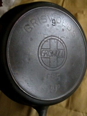 Griswold Cast Iron #9 Skillet Slant Logo 710D Heat Ring Ghost Clean Great Condit