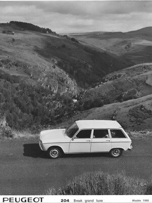 1969 Peugeot 204 Luxury Station Wagon ORIGINAL Factory Photo oua1568
