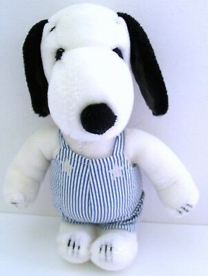 """Vintage 1970's Peanuts SNOOPY 11"""" PLUSH DOLL w/ ENGINEER OUTFIT 4400 - NO CAP!!"""