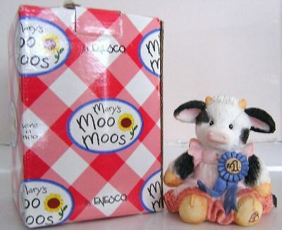 Mary's Moo Moos #628859 Cream of the Crop Cow Girl with Blue Ribbon Figurine '93
