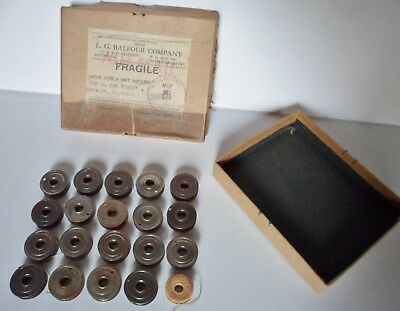 Lot Of Vintage Antique Sewing Machine Bobbins 19 Metal 1 Cardboard - Star
