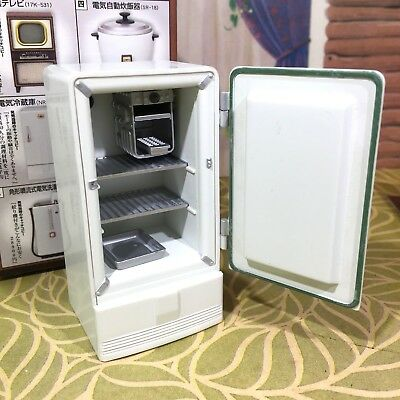 Bandai MINIATURE REFRIGERATOR w/ICE CUBE TRAY Dollhouse Furniture Renwal 1:16