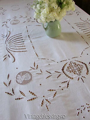 Beautiful Vintage Needle & Filet Linen Lace Figural Banquet Tablecloth Cherubs