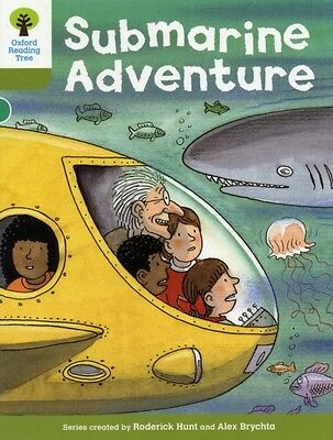 Oxford Reading Tree: Level 7: Stories: Submarine Adventure (Paper. 9780198483113