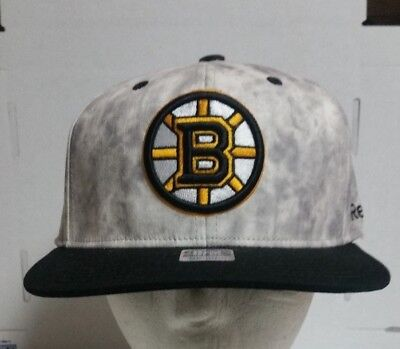 29b6c81211c Boston Bruins New NHL REEBOK FACE OFF Flex Fitted Hat Cap S M FREE SHIPPING