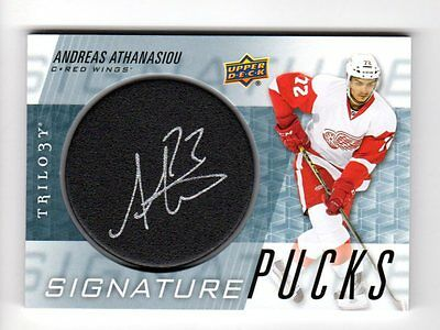 Andreas Athanasiou Nhl 2016-17 Upper Deck Trilogy Signature Pucks ( Red Wings)