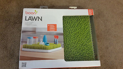 Boon Lawn Nursing Bottles Baby Pacifiers Spoons Countertop Drying Rack Grass Pad