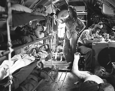 WW2  Photo WWII US Army Flight Nurse & Wounded on Aircraft  World War Two / 1557