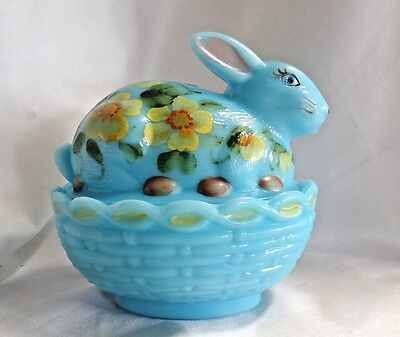 Mosser Glass Hand Painted Blue Bunny on Basket Nest Trinket Box New Made in USA