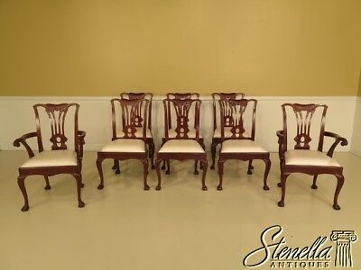 L28297A: Set Of 8 Solid Mahogany Chippendale Carved Dining Room Chairs