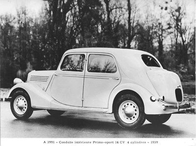 1939 Renault Primasport Saloon ORIGINAL Factory Photo oua2027