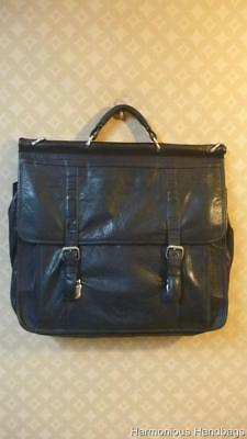 3ab3675b3118 WILSONS LEATHER Flapover MESSENGER Mens BLACK Attache Briefcase Laptop Bag  As-is