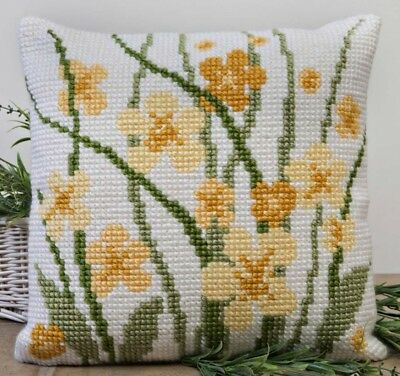 Twilleys of Stamford Meadow Flowers Large Count Cushion Cross Stitch Kit (289...