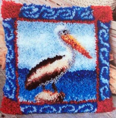 "Latch Hook Rug /Pillow Bird Canvas Kit ""Pelican"""