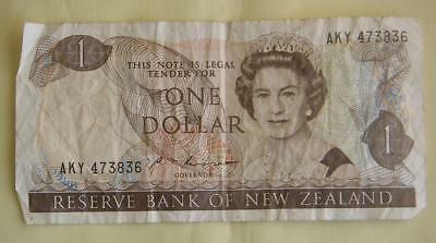 One Dollar Reserve Bank of New Zealand Clematis/Fantail   #100