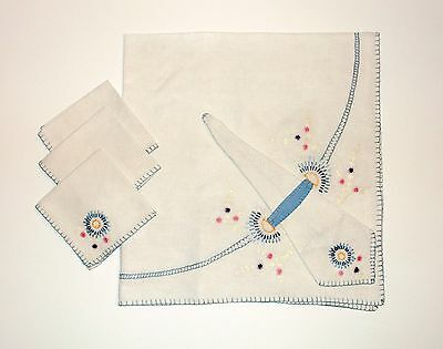 Vintage 40s/50s Embroidered Tiny Floral Linen Tablecloth Napkin Lot 5pcs 34x36