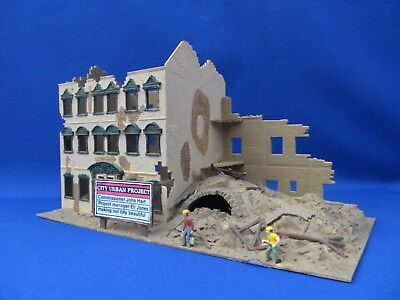 "Ho Scale - Model Power - ""city Urban Project"" Lighted Building - Made By Pola"