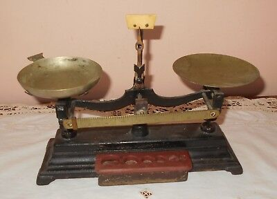 ANTIQUE VINTAGE CAST IRON DOUBLE PAN SCALE Brass Scoop CANDY