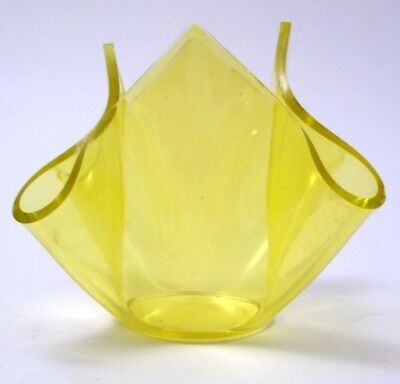 Yellow Stained Cased Art Glass Handkerchief Vase Chance Vintage