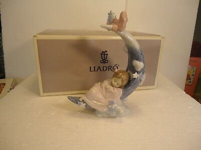 """Lladro - Heaven's Lullaby, girl on moon #6583. mint condition 8"""""""