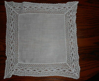 Beautiful Antique Linen And Lace White Hankie Hankerchief