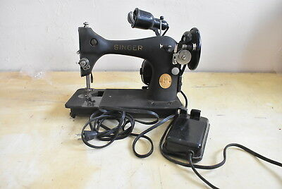 Antique Electric AC & DC Singer Sewing Machine: Cat. BZ 9-8 S.S. AU 52 -16-1