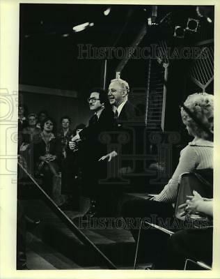 """1980 Press Photo Alan Dershowitz and Christ Seraphim on the """"Phil Donahue Show"""""""