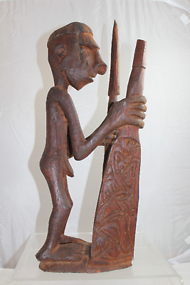 Vintage Hand Carved Wooden Figurative Papua New Guinea Motif Sculpture (350)